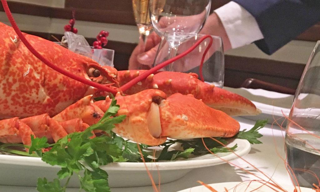Bogavante, camarones, cena Navidad